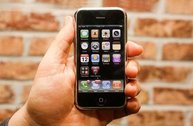 iPhone'нинг яратилиш тарихи маълум бўлди