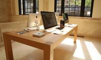 Apple qurilmalarni simsiz quvvatlaydigan stolni patentladi (foto)