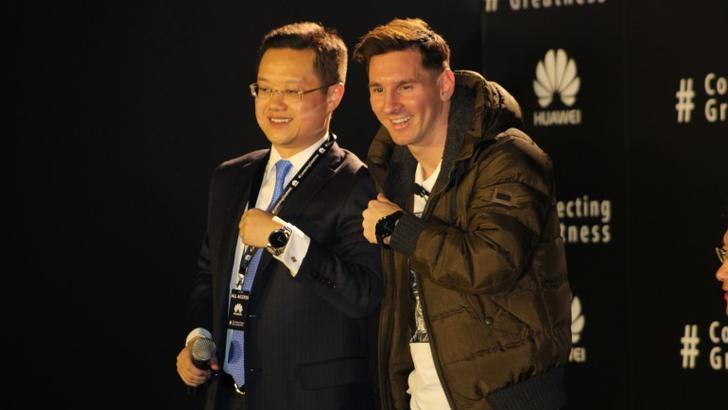 Месси катта пул сабаб Samsung'дан кечиб, Huawei билан шартнома имзолади