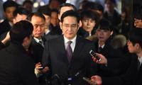 Samsung вице-президентини 12 йиллик қамоқ кутмоқда