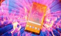 Бошланди: аёлнинг сумкачасида яп-янги Galaxy Note 9 ёниб кетди
