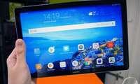 Huawei флагман планшетнинг арзонлаштирилган версиясини намойиш қилди