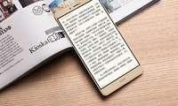Honor Note 9 экран ҳажми бўйича  Samsung Galaxy S10+  устидан кулмоқчи