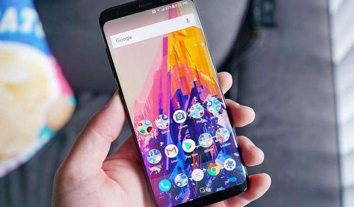 Кутилмаган Galaxy A8 (2018): унга ҳатто Galaxy S8 ва Note 8 эгалари ҳам ҳавас қилишлари тайин!