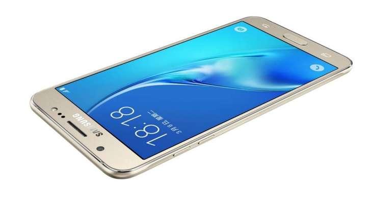 Samsung Galaxy J7 эгалари учун Android'дан хушхабар!