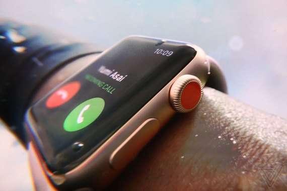 Apple'нинг йирик тақдимотида илк гаджет тақдим қилинди
