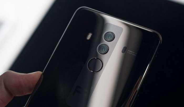 Хитойда энг оммабоп премиум-смартфон аниқланди, аммо бу iPhone X эмас...