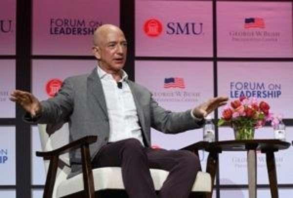 Жефф Безос ташлаган беш қадам ёки Amazon қандай қилиб 1 триллион долларлик компанияга айлангани ҳақида