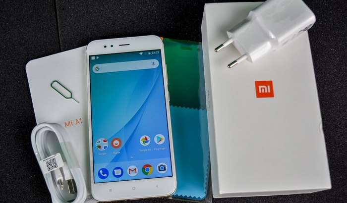 Xiaomi тунда портлаган смартфон ўрнига янгисини бериб, ҳодиса сабабини расман изоҳлади