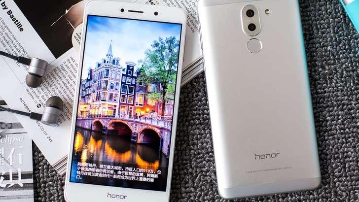 Huawei минглаб россияликларни алдаб келмоқда