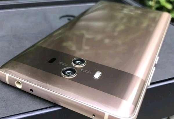 Huawei тақдимот арафасида Mate 10 олган илк суратларни эълон қилди