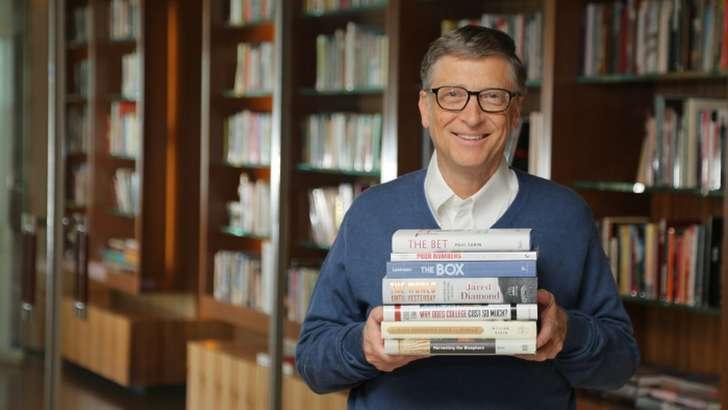 Билл Гейтс китоб ўқишда амал қиладиган 4 қоидани маълум қилди