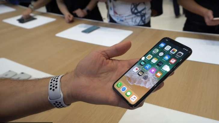 """iPhone X: """"инқилобий айфон"""" ҳақида 11 факт!"""