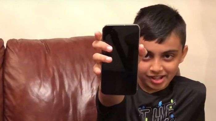 Ўн яшар бола iPhone X ҳимоясини буза олди!
