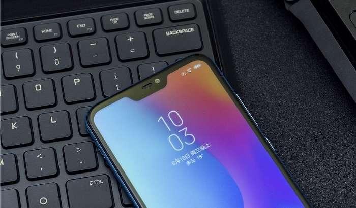 Xiaomi ўзининг Redmi 6 Pro смартфонини Bali Blue рангида намойиш этмоқчи