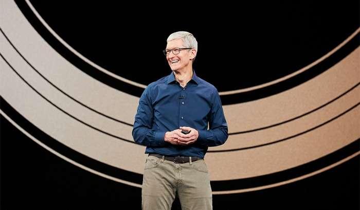 Apple'нинг тақдимотда ҳеч ким пайқамай қолган янги гаджетини томоша қилинг! (+видео)