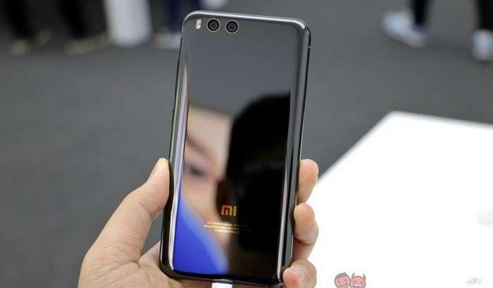 «Бўйдоқлар куни»га Xiaomi Mi6'нинг «енгил» талқини чиқяпти