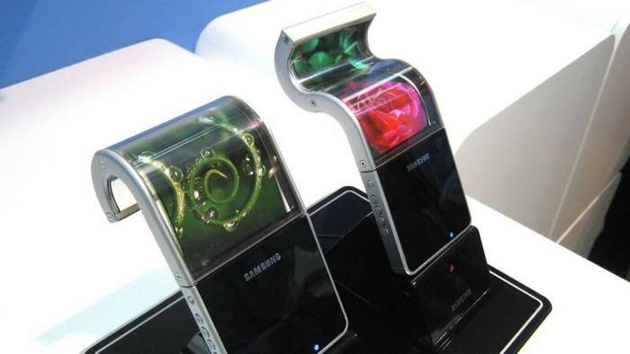 Samsung тўлиқ ўрама дисплейли смартфон патентлади