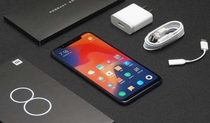 Mi 8 флагманларидан 6 миллионта сотгач, Xiaomi уларни арзонлатиб юборди!