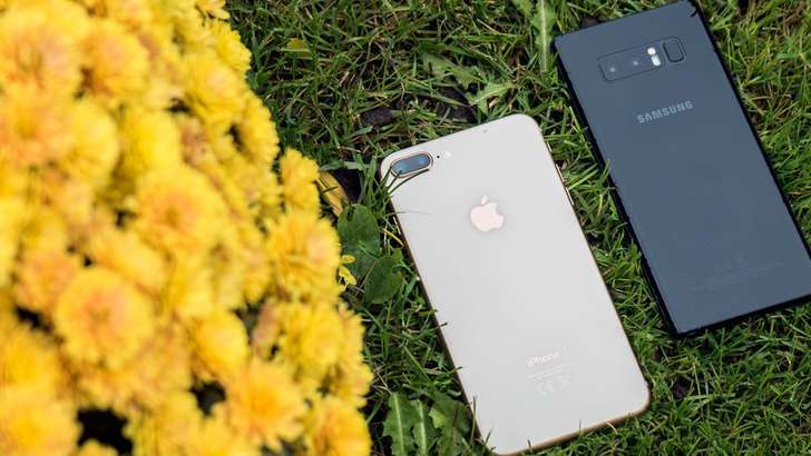 Камералар жанги: Samsung Galaxy Note8 ва iPhone 8 Plus