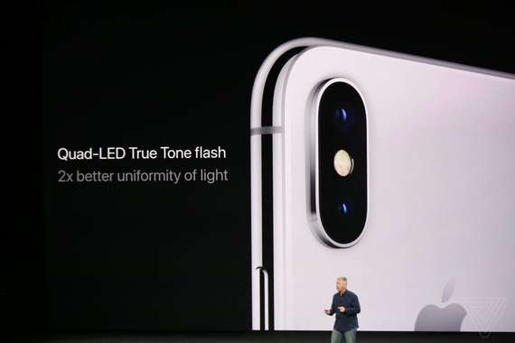 Apple iPhone X олган илк суратларни эълон қилди