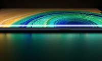 Huawei раҳбари тақдимотдан сўнг Mate 30 ҳақида интервью берди