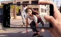 Samsung ikkita hamyonbop smartfonini Android 10'ga ertaroq yangilay boshladi