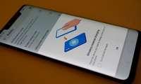 Galaxy S10 флагмани iPhone'ларни ҳатто оригинал Apple қувватлагичидан ҳам тезроқ симсиз қувватлайди!