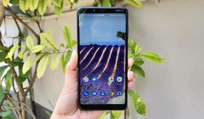 Nokia энг арзон қўш камерали смартфонини тақдим этди
