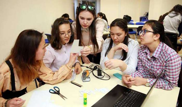 Ўзбекистонда DigiGirlz High Tech Camp Uzbekistan дастури бўлиб ўтади