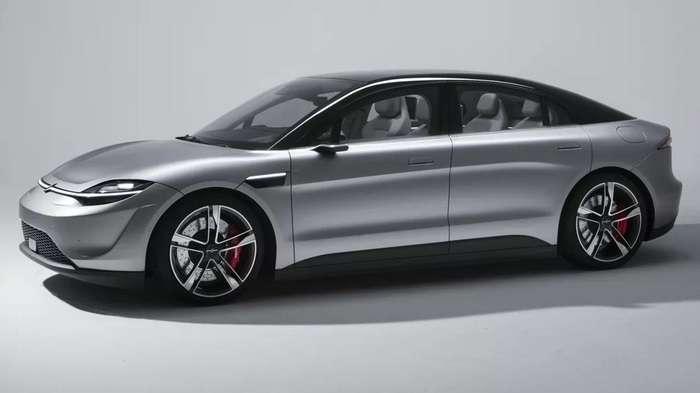 CES 2020: Sony кутилмаганда Tesla'нинг «панжасига панжа урди»! (+видео)