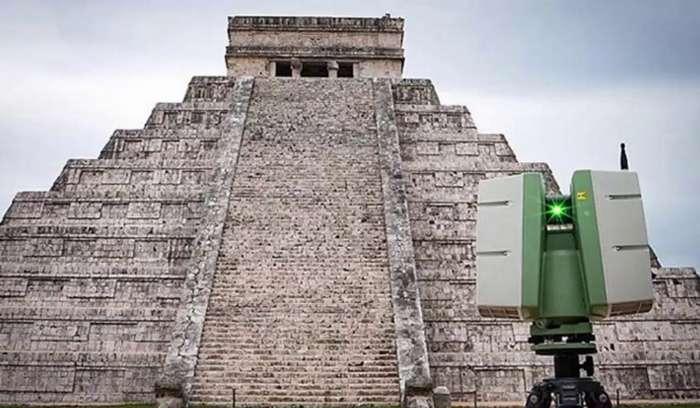 Янги технология қадимий пирамида остидан «нариги дунёга йўл» топди!
