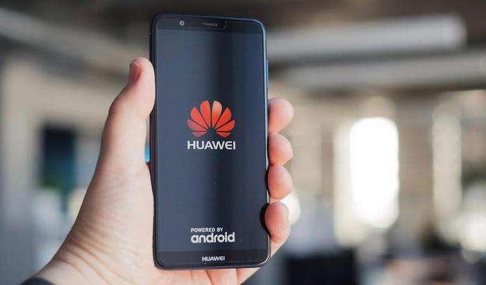 Расман: Huawei смартфонлари HongMeng тизимига ўтмасдан, Android'да қолади! Лекин...