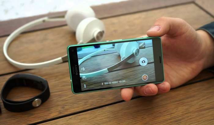 Sony ҳали чиқмаган iPhone SE 2'га рақобатчи смартфон тайёрлаяпти