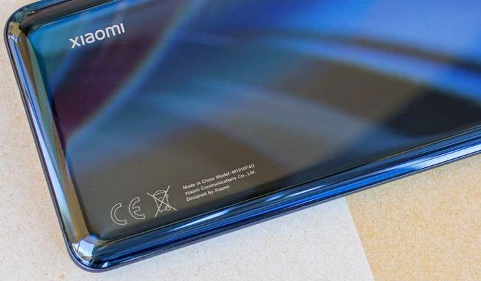 Xiaomi Mi 10'ни илк «жонли» суратларда батафсил кўрамиз!