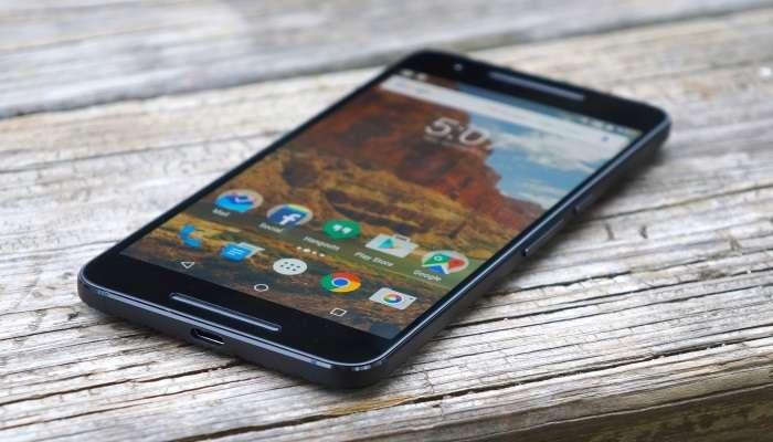 Google ва Huawei бу смартфон эгаларининг ҳар бирига 400 доллардан тўлайди!