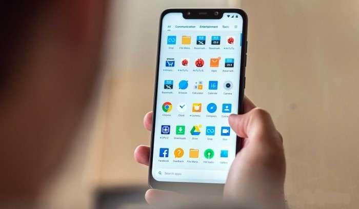 Яна бир Xiaomi смартфони барқарор глобал MIUI 10 билан юз сканерига эга бўлди!