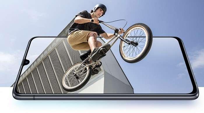 Galaxy A90 5G расман намойиш қилинди: Snapdragon 855 чипли, 5G-модемли илк ҳамёнбоп флагман!