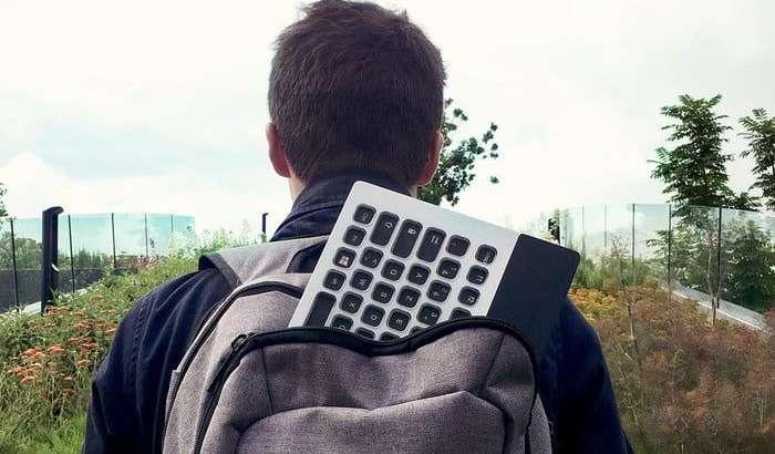 CES 2019: Дунёдаги илк E-Ink дисплей тугмачали хамелеон-клавиатура (+видео)
