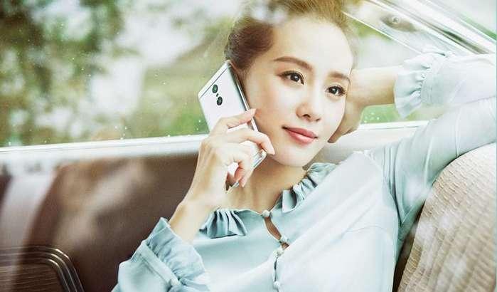 Xiaomi яна иккита моделига MIUI 10 тарқатмоқда, аммо олтита смартфонини энди янгиламаслигини айтди