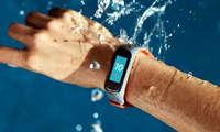 OnePlus илк тақилувчи гаджетини чиқарди: Mi Band 5'нинг арзон кушандаси! (+видео)
