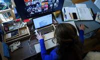 Онлайн дарсларни бузгани учун YouTube-блогер устидан жиноий иш очилди