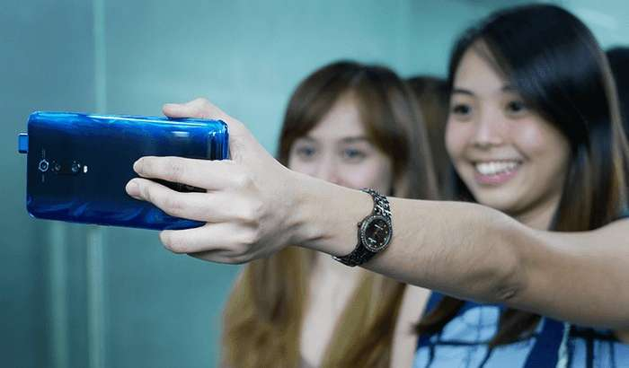 Кутилмаган хавф: Xiaomi смартфонларида бармоқ изи сканерини ҳам камера қилиб ишлатса бўлар экан! («жонли» видео)
