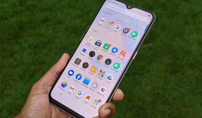 Энг арзон 5G-смартфонни Realme тайёрлади: «жонли» суратлари ва техник жиҳатлари