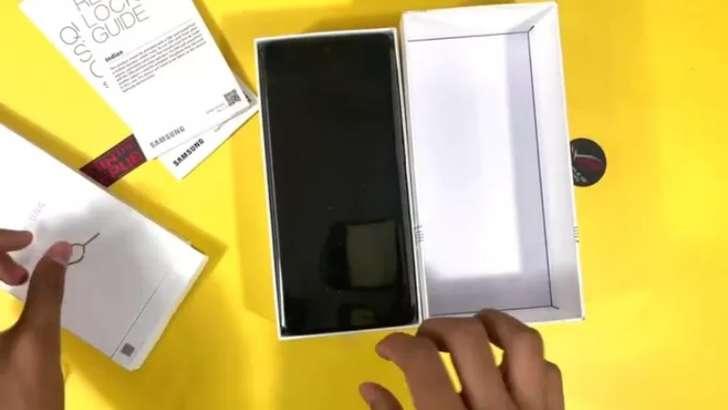 Россияда аллақачон Galaxy A52 ҳамда Galaxy A72'га буюртма бериш мумкин – аниқ нархлар!