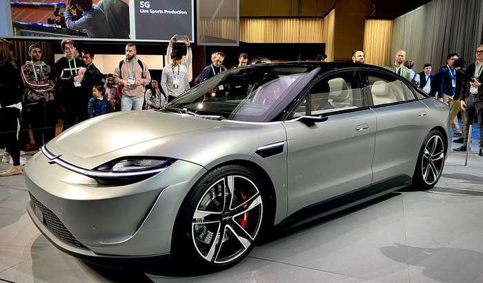 Tesla'нинг кутилмаган кушандаси: Sony ўз электромобилини йўлга чиқарди (+видео)
