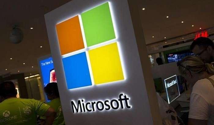 Буклама ва қўш экранли қурилмалар учун Windows 10X чиқиш вақти маълум бўлди