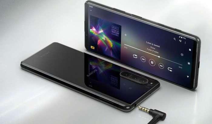 Суратга олиш, ўйин ва мусиқага мўлжалланган Sony Xperia 5 II флагмани тақдим этилди