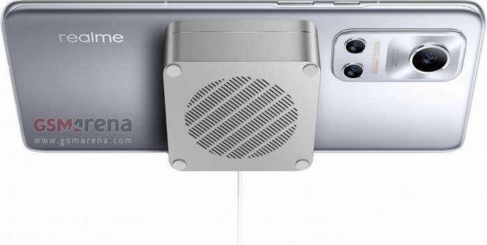 Магнитли симсиз қувватлантиргичли илк Android-смартфон – Realme Flash суратлари тарқалди