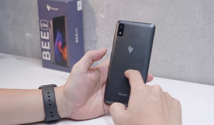 Бор-йўғи 25 долларлик 4G-смартфон сотувга чиқди! (+видео)